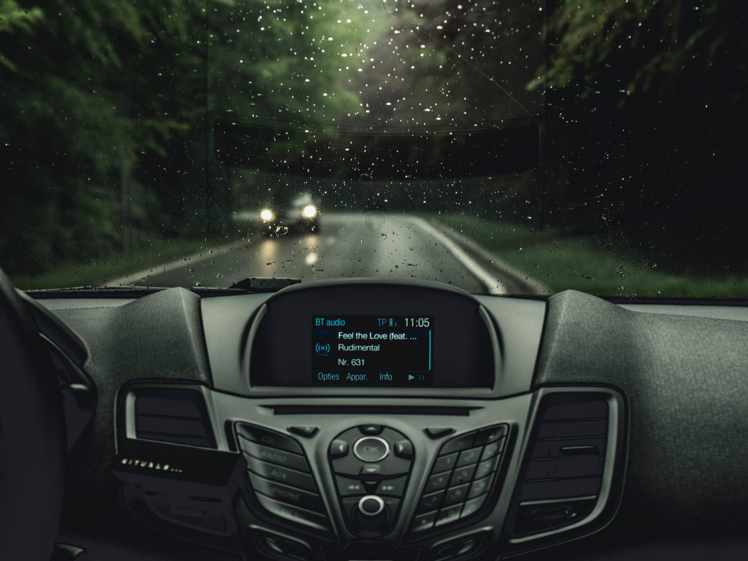 reparación de pantallas de coche